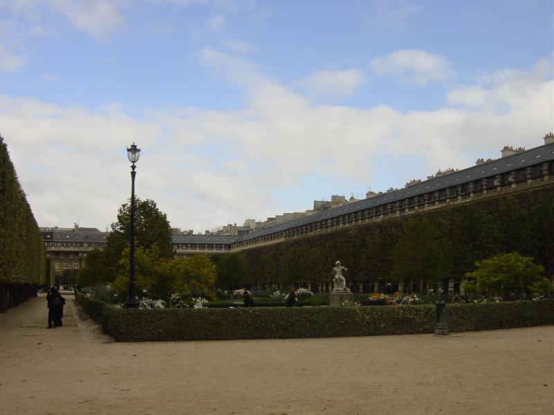 Balade-quartier-paris-Palais-Royal.jpg