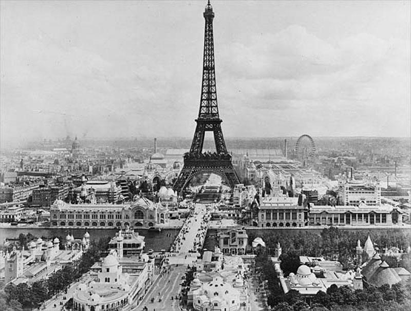 Tour-Eiffel-Exposition_universelle_1900.jpg