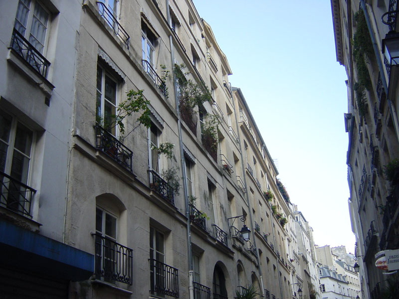 Visite-quartier-paris-rue-montorgueil.jpg