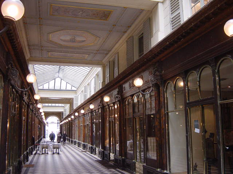 balade-quartier-paris-passage-vero-dodat.jpg