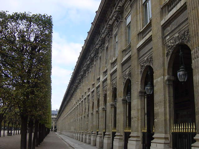 balade-quartiers-paris-palais-royal.jpg